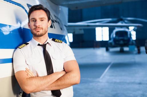 婚活でモテるポロシャツはパイロット!?の画像